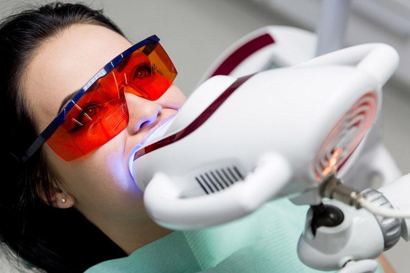 Противопоказания к отбеливанию зубов