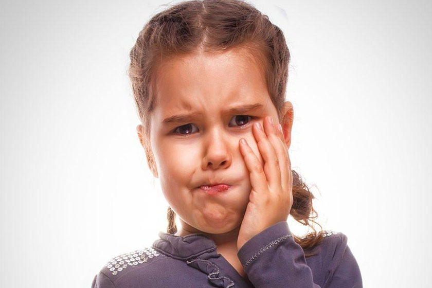 Зубная боль у ребенка ночью что делать маме