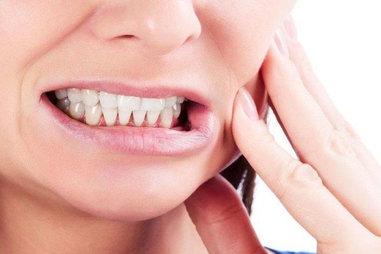 Почему онемели зубы