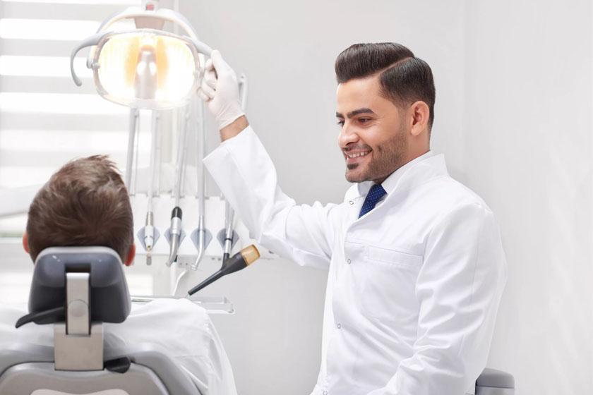 В каких случаях необходимо обращаться к стоматологу